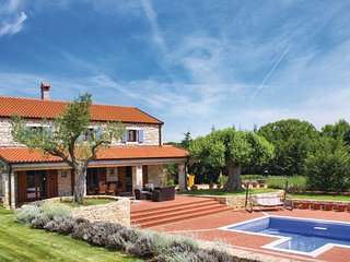 2 bedroom Villa in Bale, Istria, Croatia : ref 5575370