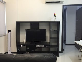 PET FRIENDLY 1 BR IN HAW PAR VILLA