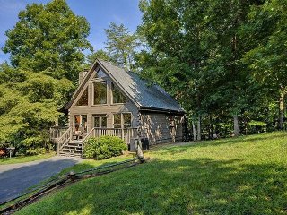 Whispering Pines - Country Pines Resort (2 BR)
