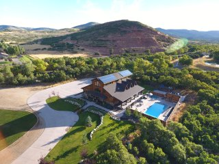Silver Springs Lodge in the Heber Valley