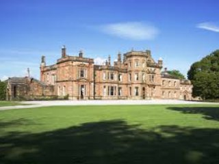 Netherby Hall - Sir Walter Scott Apartment (Sleeps 4)