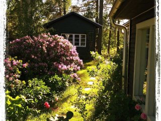 Ekero Cottage-Charming Private Cottage & Bathroom & Sauna
