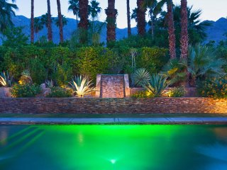 Palm Springs Luxury Retreat
