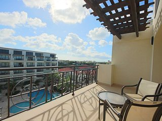 Blue Palm Two-bedroom Loft condo - PC503