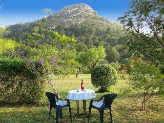 CASITA CLEYO, kleines Ferienhaus, freistehend, großer Wildgarten, Ruhe, Meernähe