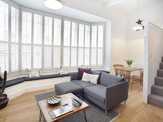 Loft Apartment in Castle Cary, Somerset