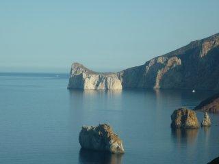Sardegna: emozioni a strapiombo sul mare!!! (Villa 2)