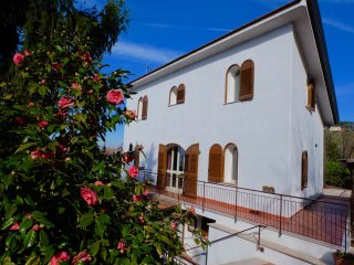 4 double bedrooms Villa with garden