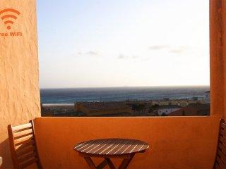 201 - Apartamento con parking y vistas al mar