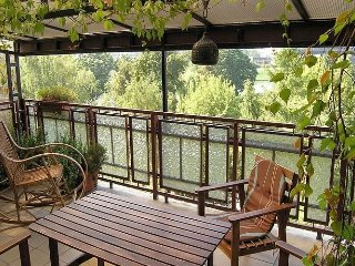 Apartment 611 m from the center of Kraków with Internet, Terrace, Garden, Washin
