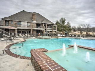 NEW! Massive 6BR Nixa River Home w/Pool & Tiki Bar