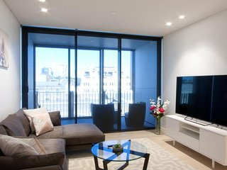 Stylish Modern Apartment in Premier Location CHIPD
