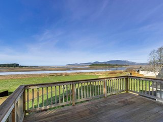 Waterfront, dog-friendly home boasts quiet surroundings and lovely views!