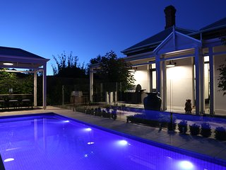 Hollidge House - 5 Star Adelaide Luxury Apartments