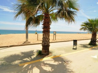 OP HomeHolidaysRentals Tarongers - Costa Barcelona
