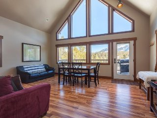 Three chalets w/ beautiful mountain views, 1 mile from Glacier National Park!
