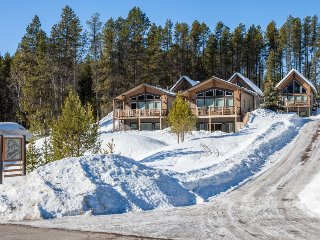 Five separate chalets, perfect for large groups, close to Glacier National Park!