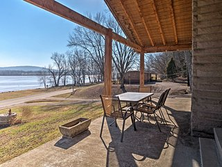 NEW! Riverfront 4BR Derby Home - Hot Tub & Patio!