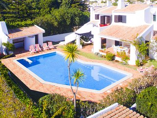 OUTSTANDING 5 BED VILLA WITH BBQ, POOL, GAMES ROOM & ONLY 300M FROM THE BEACH!!!