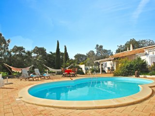 PEACEFUL & TRANQUIL VILLA, WITH PRIVATE POOL, WI-FI & BREATHTAKING VIEWS