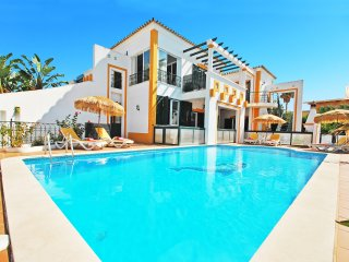 OUTSTANDING VILLA W/ BBQ,SEA VIEW,PRIVATE HEATABLE POOL & 300M FROM THE BEACH!!!
