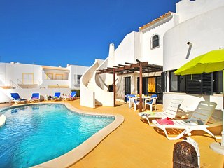 OUTSTANDING VILLA WITH POOL, BBQ,  FREE WIFI & ONLY 650M FROM THE BEACH!!!