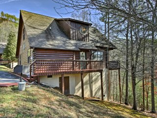 Sevierville Cabin w/ Hot Tub, Views & Pool Access!