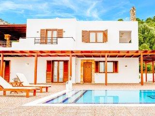 3 bedroom Villa in Vlicha, South Aegean, Greece : ref 5402634