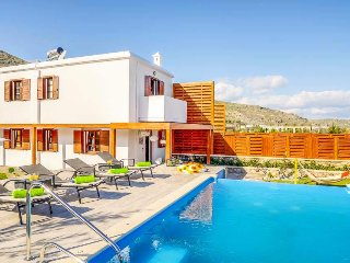 2 bedroom Villa in Lindos, South Aegean, Greece : ref 5402628