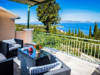4 bedroom Villa in Tselentáta, Ionian Islands, Greece : ref 5473233