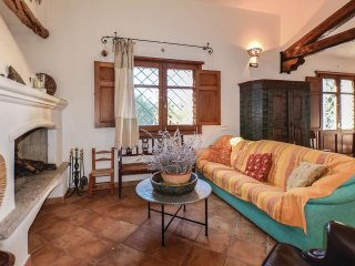 2 bedroom Villa in Oliena, Sardinia, Italy : ref 5541337