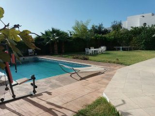 Wonderful 6 Bedrooms Villa with Swimming Pool  Ref: T62040