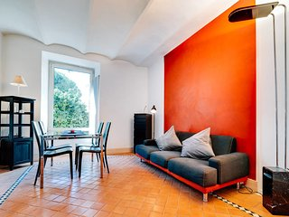 Amazing flat for 6 people close to Colosseum