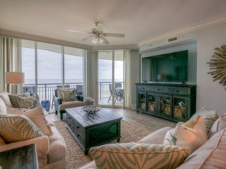 NEW! Mar Vista Grande 507 Luxurious 3 Bedroom/3 Bathroom Ocean Front Condo