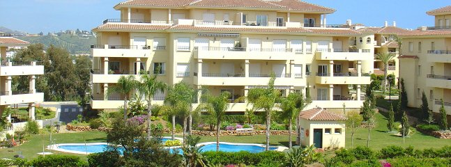 La Cala Hills Penthouse - Fantastic Views, Swimming and Golf
