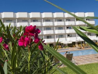 Luxury Playa den Bossa Ibiza Modern Studio Apartment, PLAYA DEN BOSSA