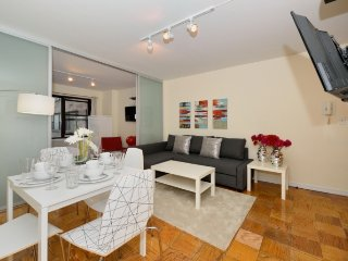 2BR/1BA family home + 24hr doorman Midtown East by Grand Central, Times Square