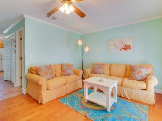 Comfortable and dog-friendly home with a fenced backyard - close to the beach!