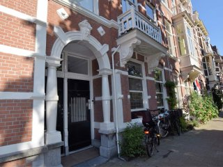 462 m from the center of The Hague with Internet, Parking, Garden (688746)