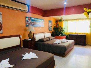 Playa Suite Room in Splendida Villa Townhouse Playacar Fase 2