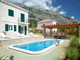 3 bedroom Villa in Puharici, , Croatia : ref 5575625