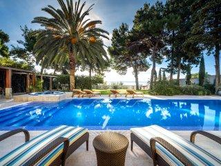 5 bedroom Villa in Split, Splitsko-Dalmatinska Zupanija, Croatia : ref 5575426