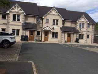 Blackburn Village  2 Bed Apartment With Wifi, location de vacances à Oldmeldrum