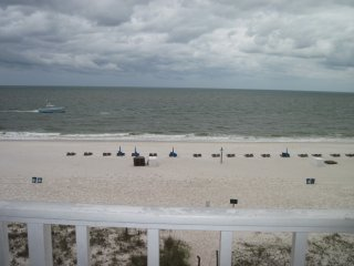 Gulf Front Fifth Floor 2br/2ba Beach Condo with STUNNING Views!!!