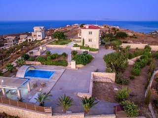 Luxurious villa in Agia Pelagia, Crete, Greece (3 bedrooms)