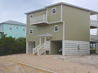 Gulf view! Private Pool! Elevator!  Sleeps 10!