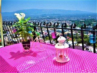 Modern and quiet top floor studio! Amazing 360 view of Athens! Huge prv terrace!