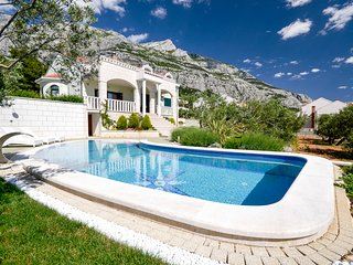 5 bedroom Villa in Puharici, , Croatia : ref 5575551