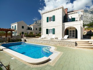 3 bedroom Villa in Puharici, , Croatia : ref 5575547