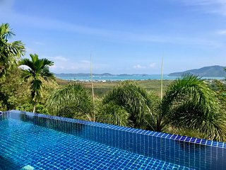 ANDAMAN VIEW: 5 Bed, Seaview, Private Pool VIlla